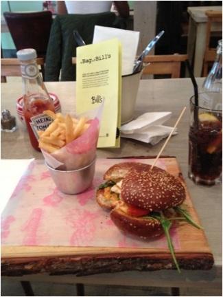 Veggie Burger in Bills